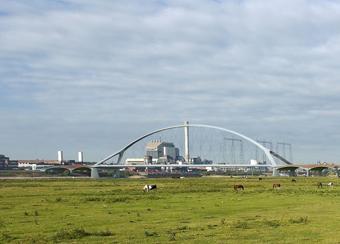 Nieuwe stadsbrug 'De Oversteek'